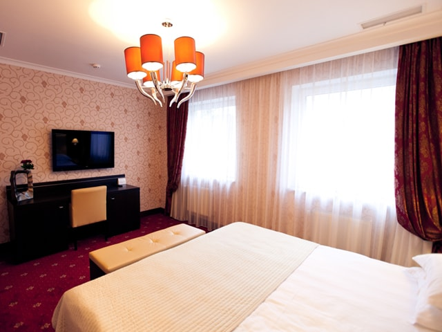 http://www.hotel-delice.com.ua/images/rooms/appartments/1630.jpg