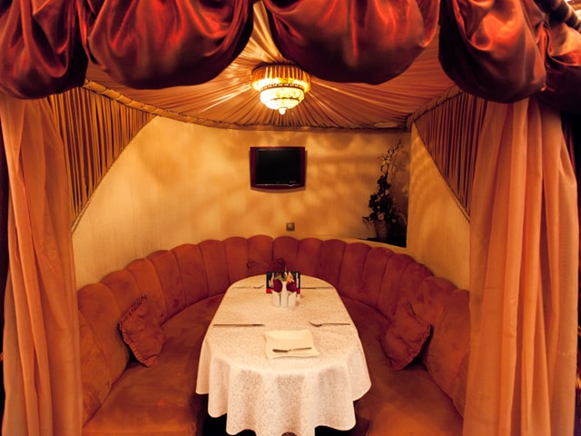http://www.hotel-delice.com.ua/images/rooms/restaurant/1697.jpg