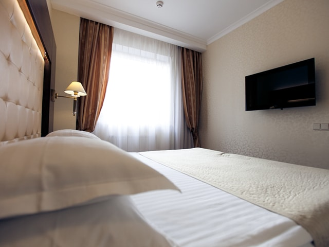 http://www.hotel-delice.com.ua/images/rooms/suite/1524.jpg